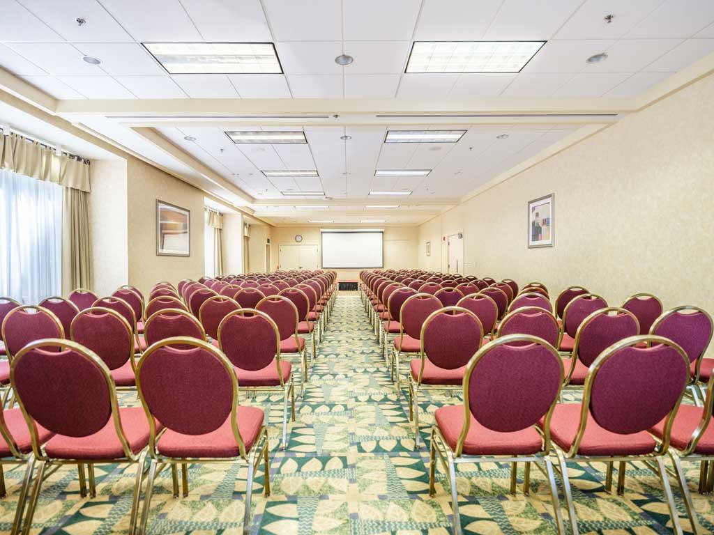 Willamette-Falls-Ballroom-University-Place-Hotel