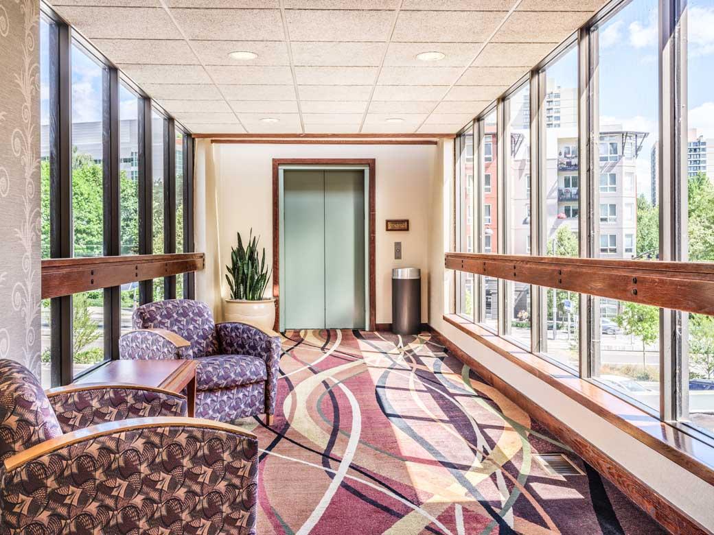 Mezzanine-University-Place-Hotel