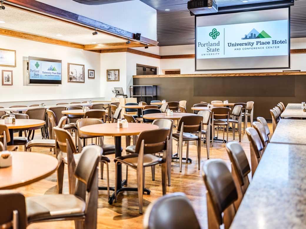 Restaurant University Place Hotel